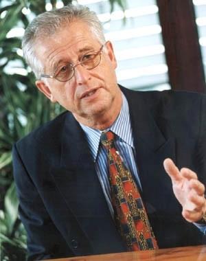 Manfred W. Köhler